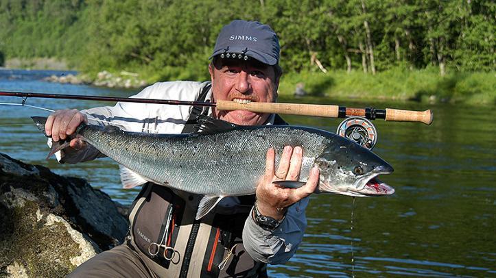 Viajes de pesca mosca en el Río Orkla