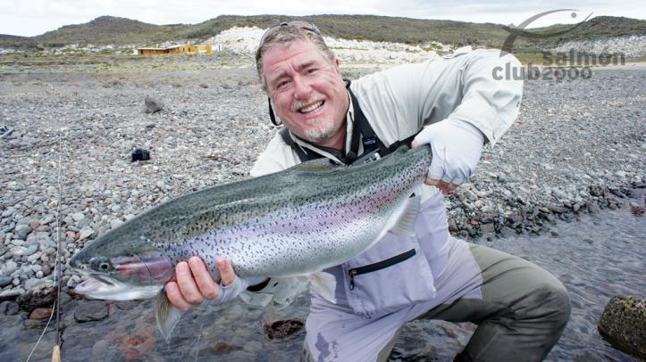 Pescando a pocos pasos del Lodge