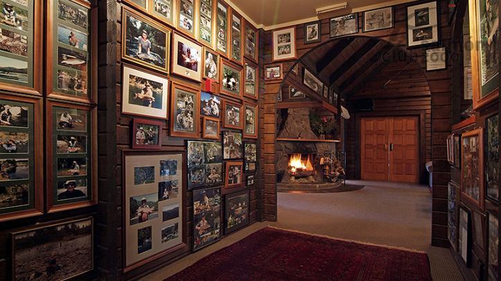 Entrada al lodge principal de Tongariro Lodge