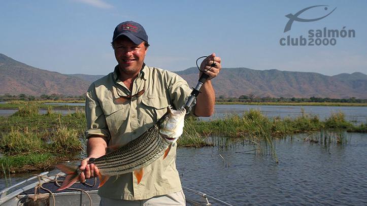 Pesca del Tigerfish en el río Zambezi. Royal Zambezi Lodge.