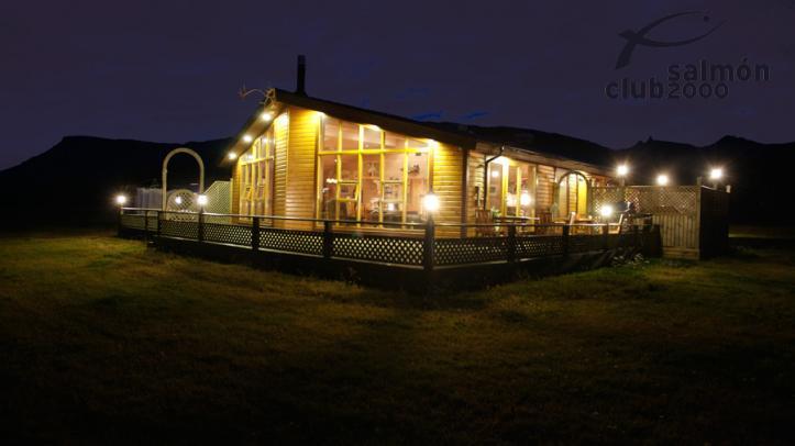 Anochecer en Breiddalsá Lodge
