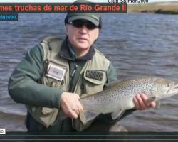 """Portada del vídeo """"Las enormes truchas de mar de Río Grande"""""""