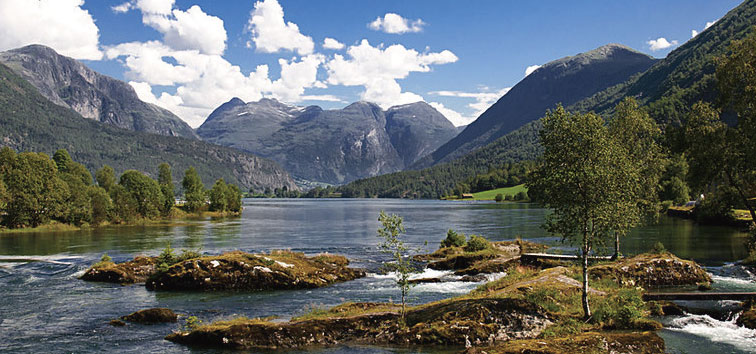 stryn-river-fishing.jpg
